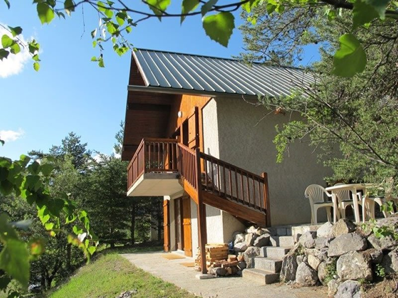 chalet ailefroide sleeps 8