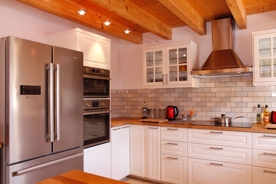 Spacious well fitted kitchen