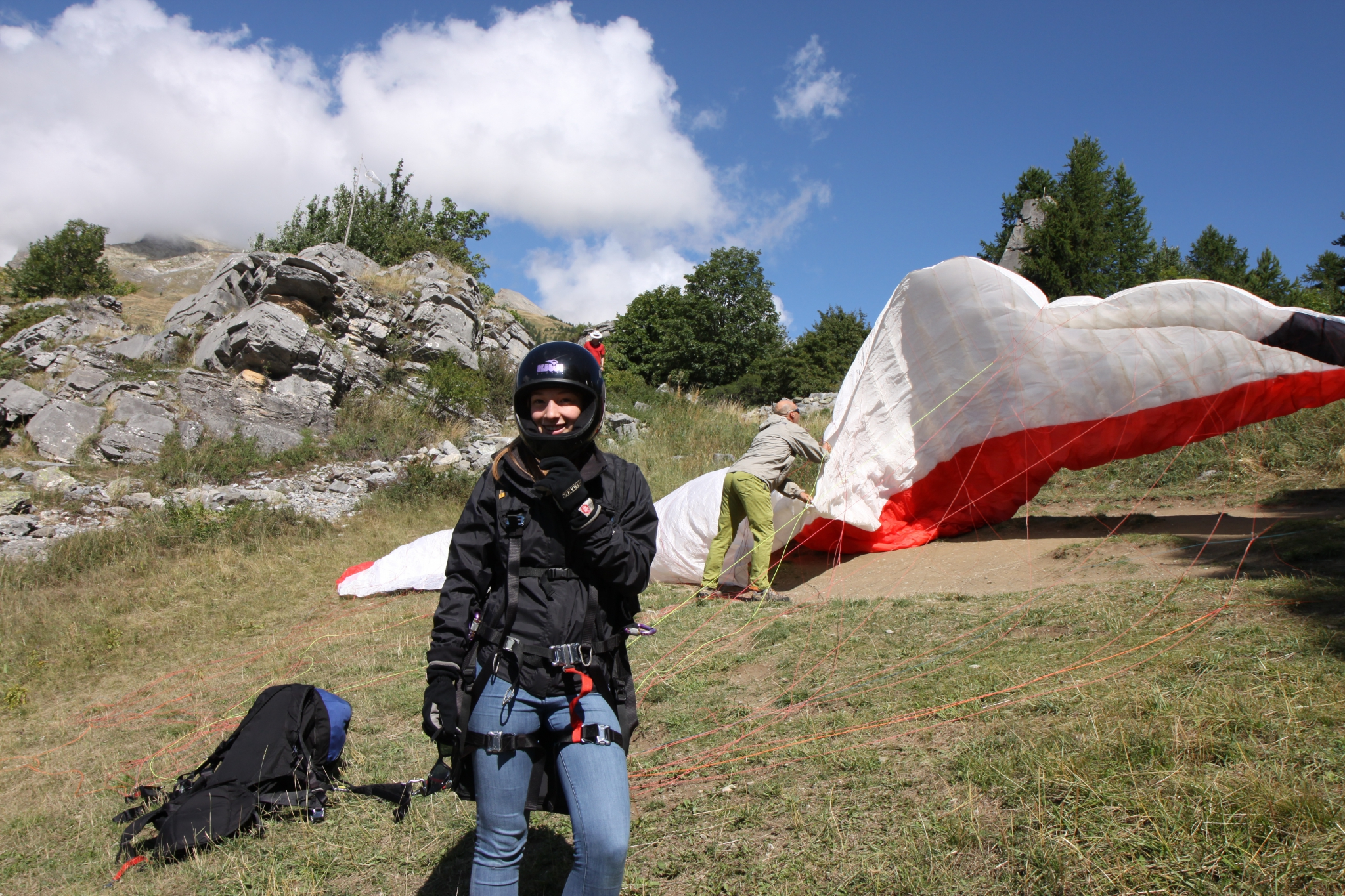 paragliding above vallouise